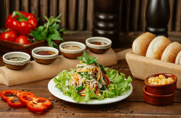 Салат з опеньками